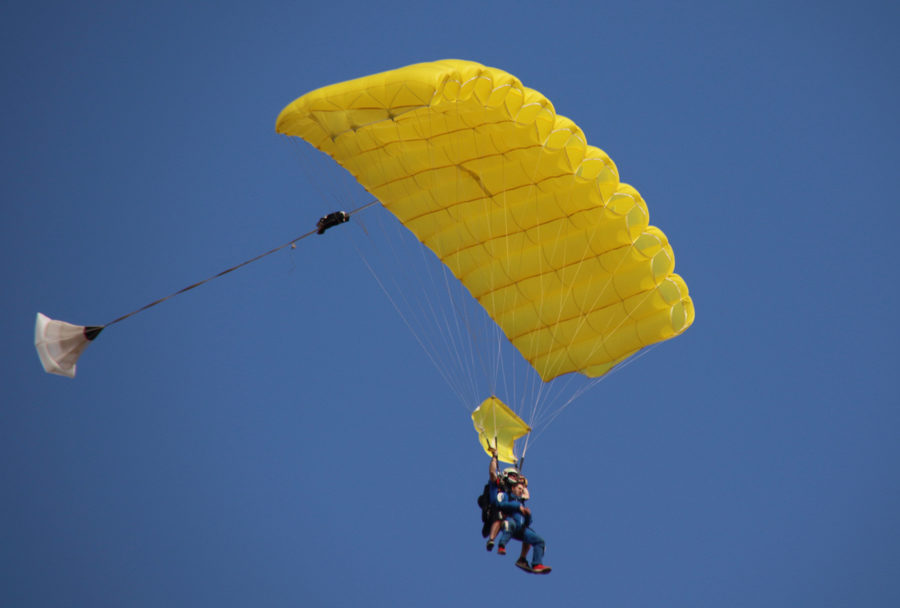 Newly licensed skydiver tips: Learn every little detail of your canopy