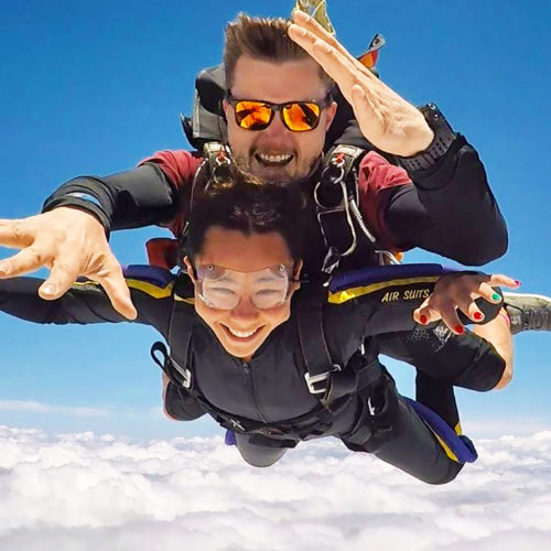 How Safe is Tandem Skydiving